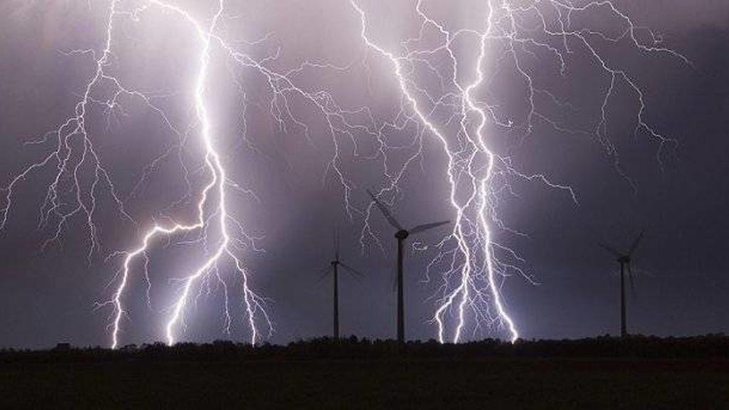 17 provincias en alerta por chubascos y tormentas fuertes en el sureste peninsular e Ibiza