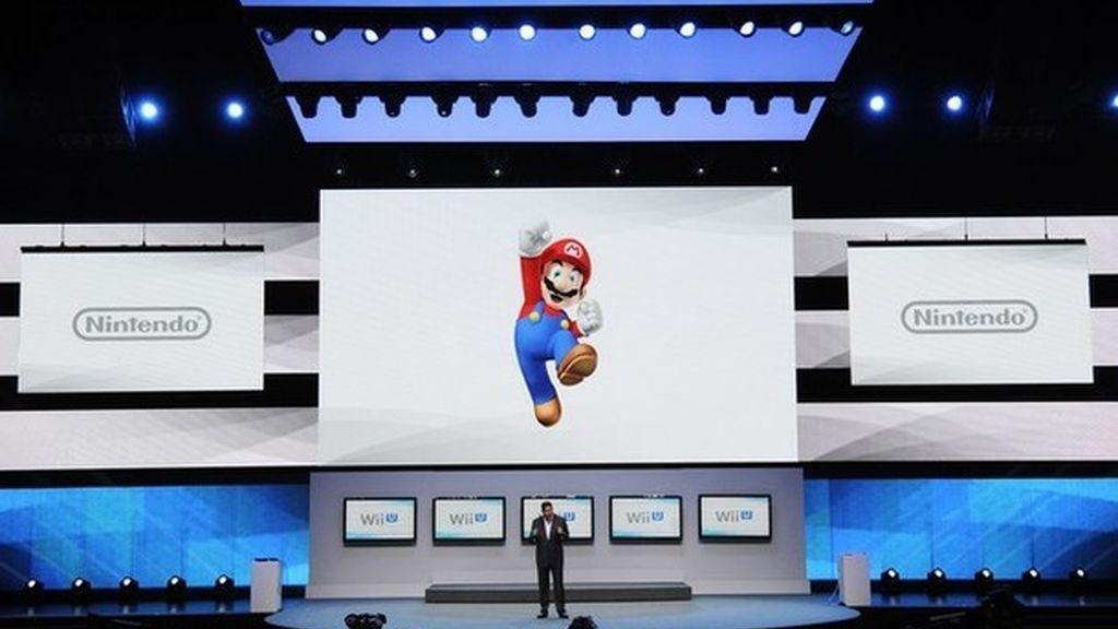 Presentación de Nintento en el Electronic Entertainmnet Expo en Los Angeles. Lanzan la nueva consoloa Wii U con un juego dedicado a Super Mario.