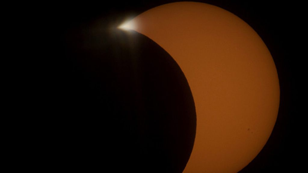 La Roja eclipsa el eclipse