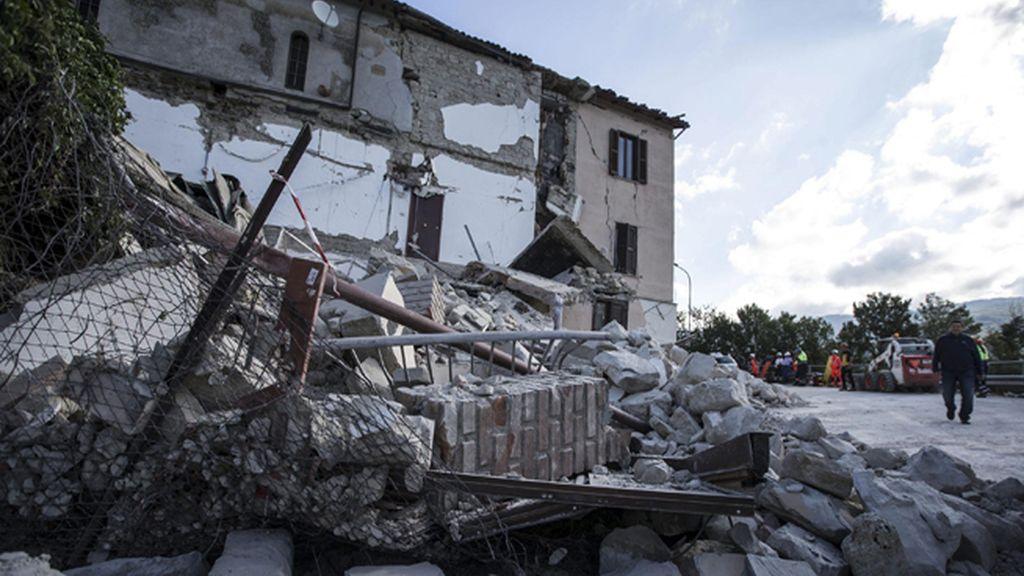 El terremoto de magnitud 6 sorprende a las personas durmiendo