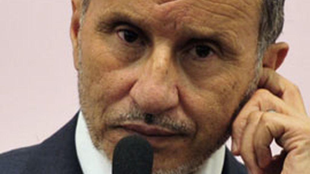 Mustafá Abdel Jalil, el líder de los rebeldes libios, asegura que desconocen el paradero de Gadafi. Foto: Reuters.