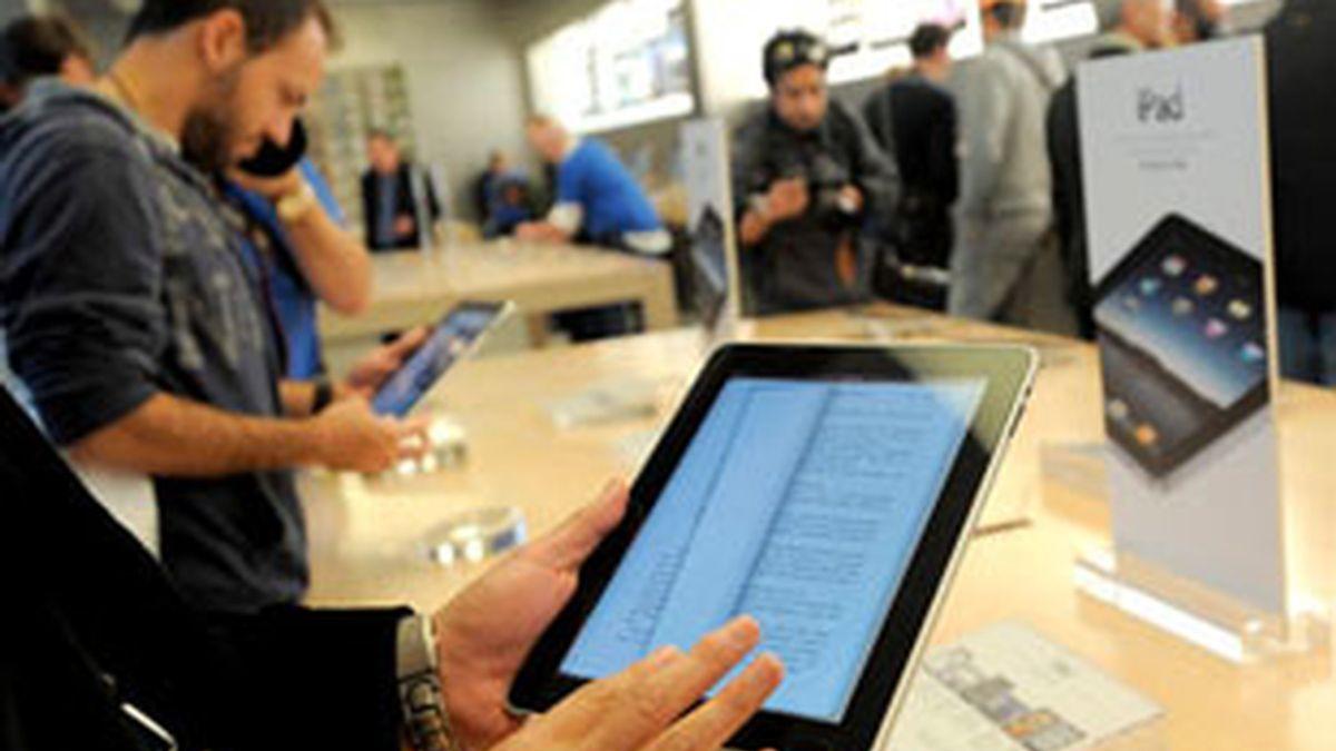 El iPad salió a la venta el pasado 3 de abril en EEUU. Foto: EFE.