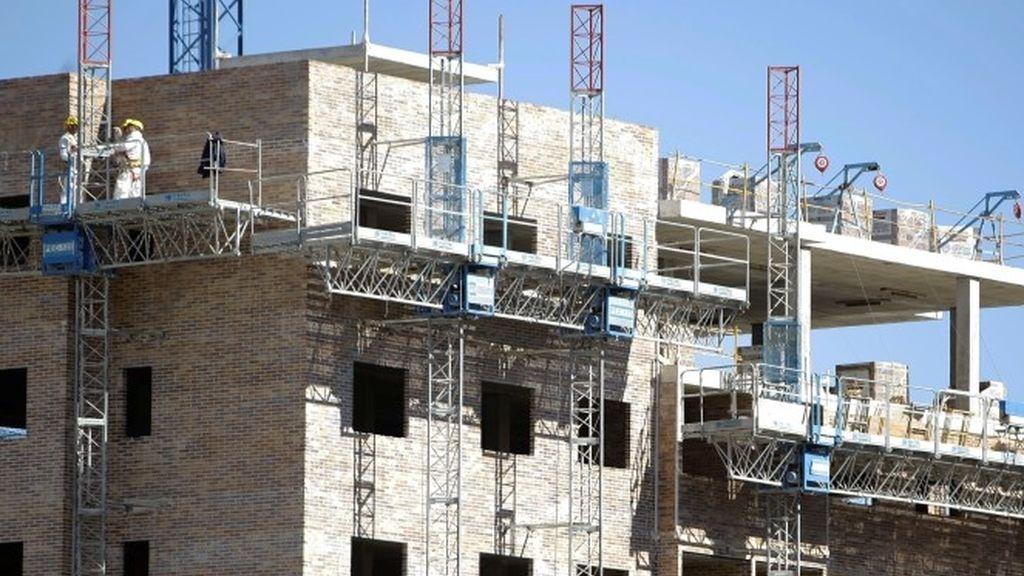 La vivienda libre frena su caída