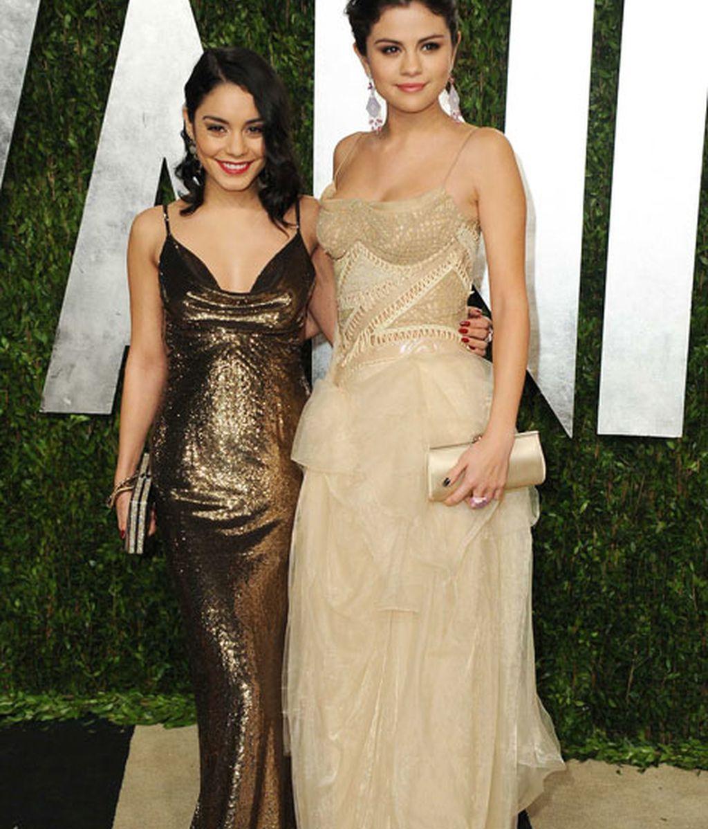 Vanessa Hudgens y Selena Gómez de largo