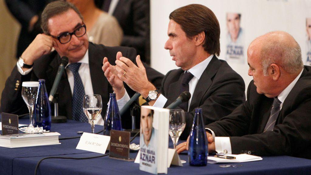Aznar declaró en sus memorias que tuvo que pedirle dos veces a Rato que le sucediera y, tras el rechazo, eligió a Rajoy