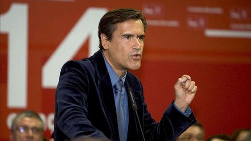 El cabeza de lista del PSOE en las próximas elecciones europes, Juan Fernando López Aguilar, durante su intervención en el XIVº Congreso Insular del PSC-PSOE en Tenerife el pasado febrero. EFE