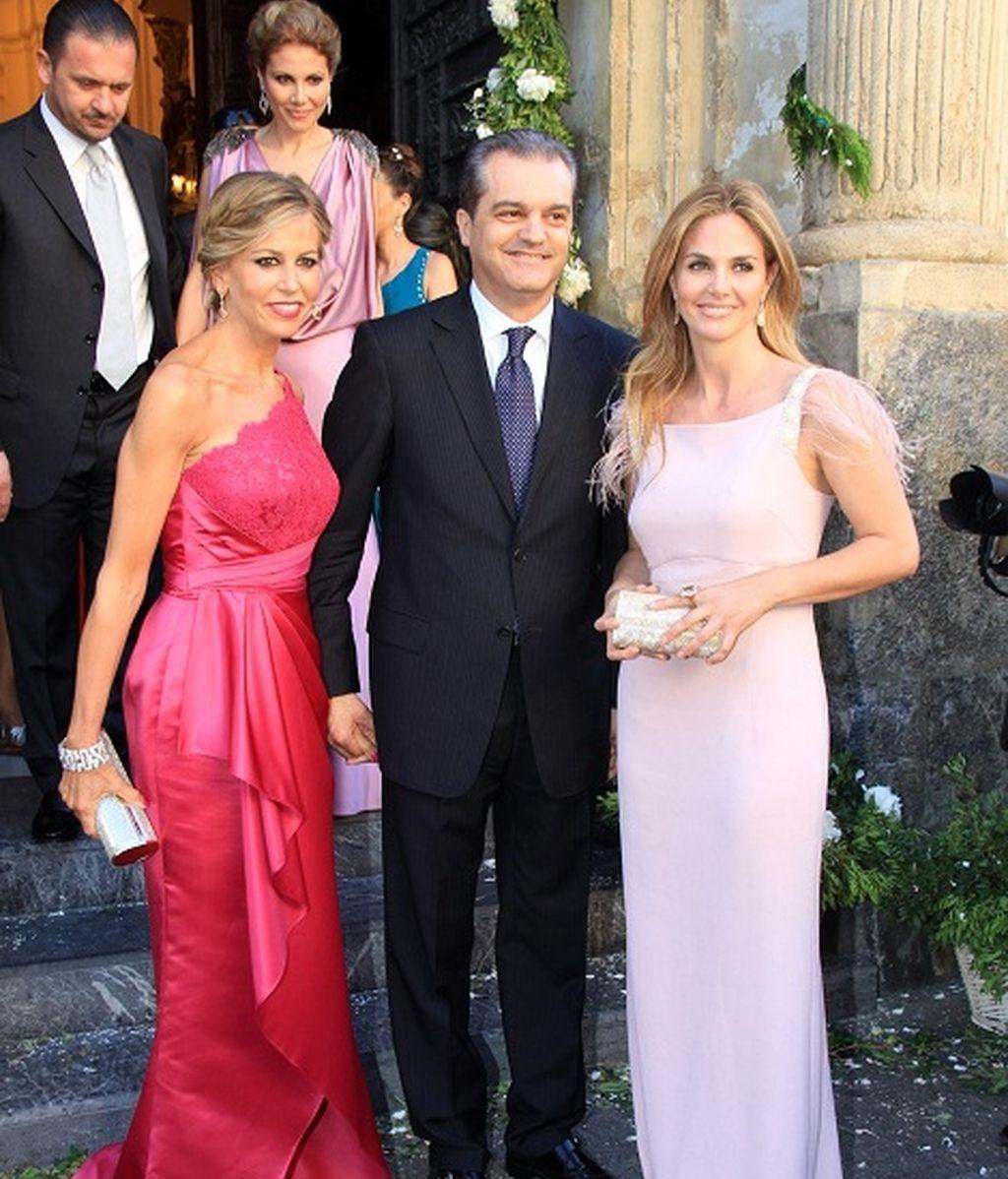 Genoveva Casanova acompañada del matrimonio García