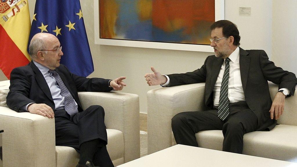 Mariano Rajoy y Joaquín Almunia, en La Moncloa