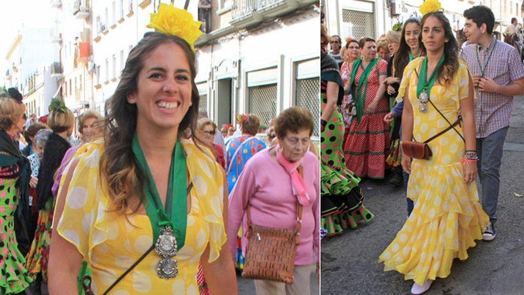 Anabel Pantoja eligió se vistió amarillo para la romería