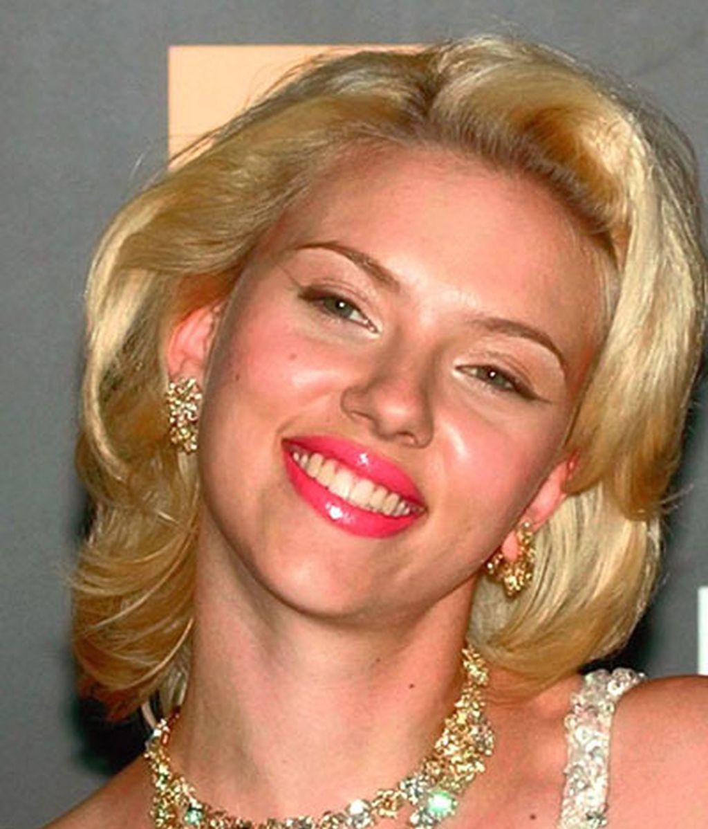 Scarlett Johansson vs. Marilyn Monroe
