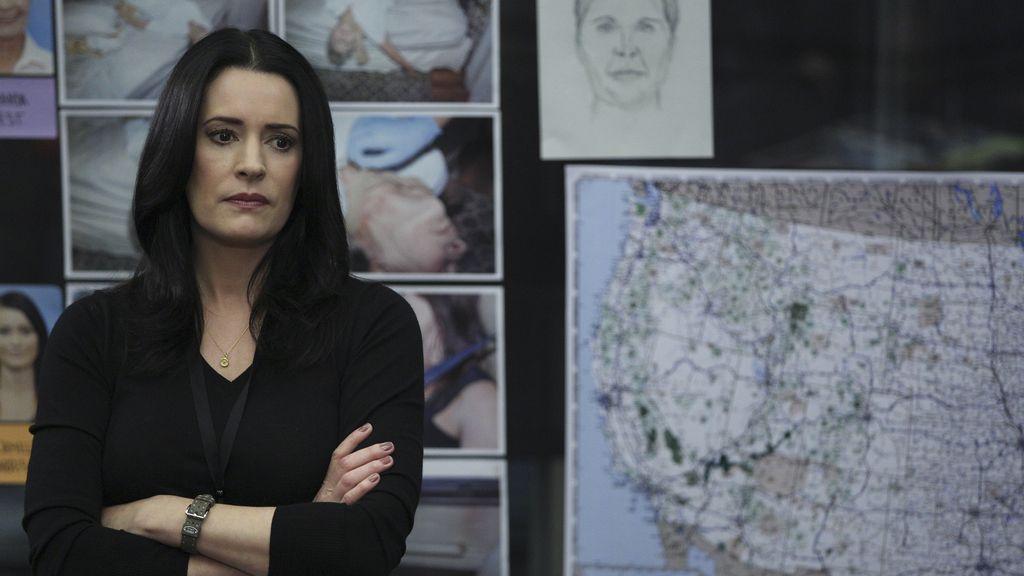 Emily Prentiss colabora con la UAC en el capítulo 'Tributo'