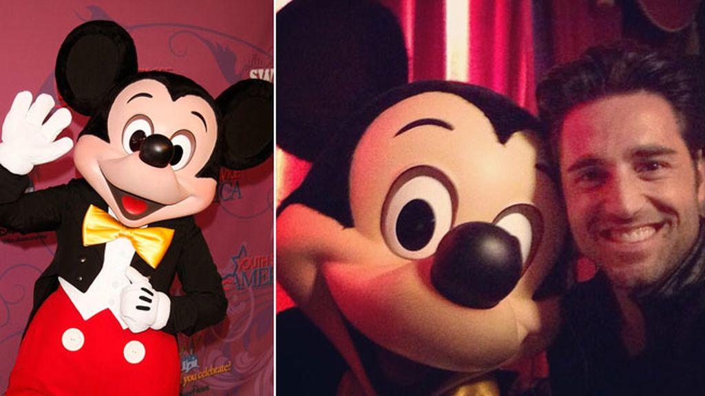 David Bustamante y su 'amigo' Mickey Mouse