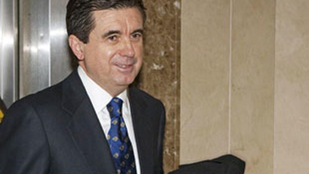 El juez dicta prisión eludible bajo fianza de tres millones de euros para Matas. Vídeo: Informativos Telecinco.