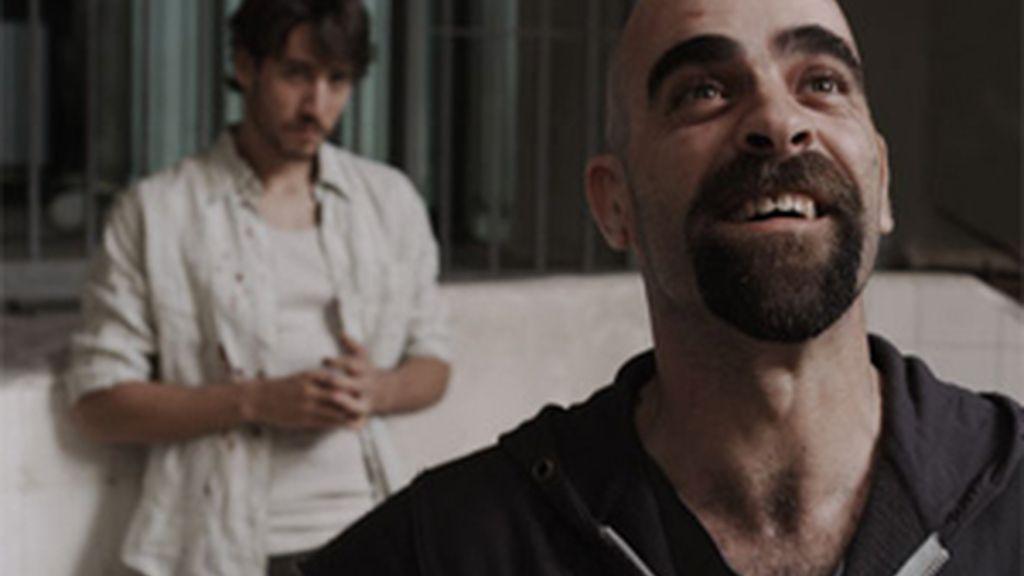 Alberto Ammann y Luis Tosar protagonizan 'Celda 211'. Vídeo: Informativos Telecinco.