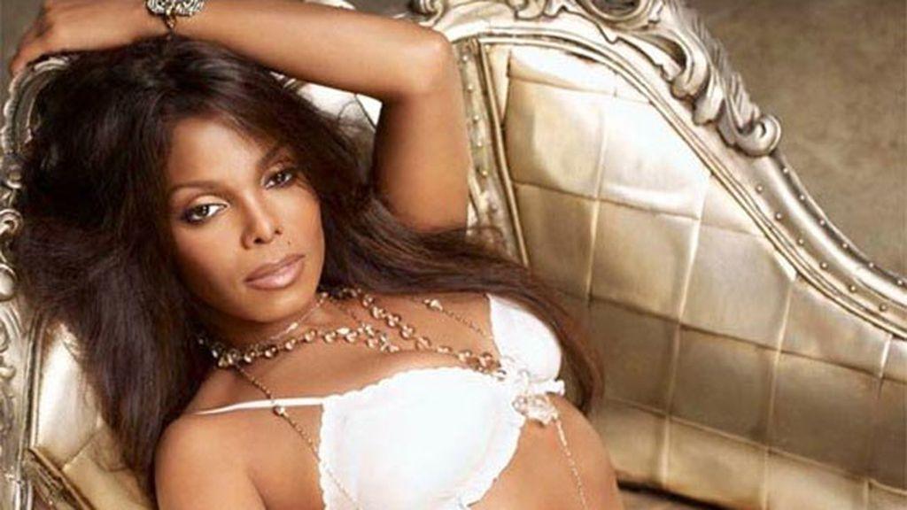 Janet Jackson saca su lado más sensual en sus diseños