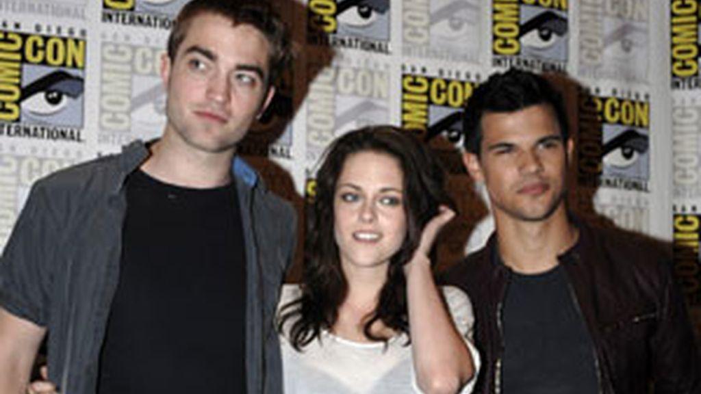 Stewart, Pattinson y Lautner, en la presentación de la última película de la saga 'Crepúsculo' en San Diego el pasado julio. Foto: GTRES