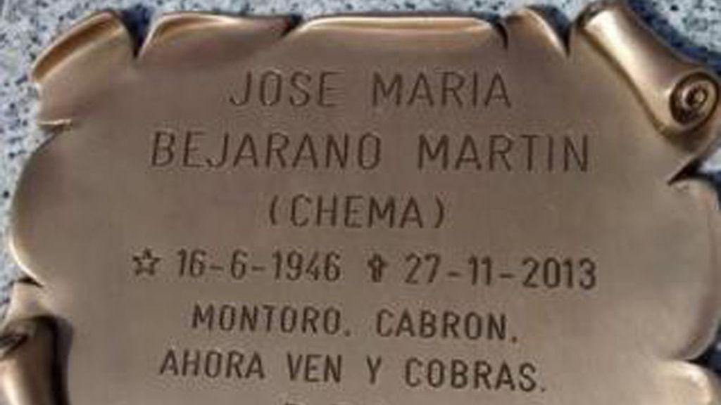 Un epitafio con mensaje para Montoro