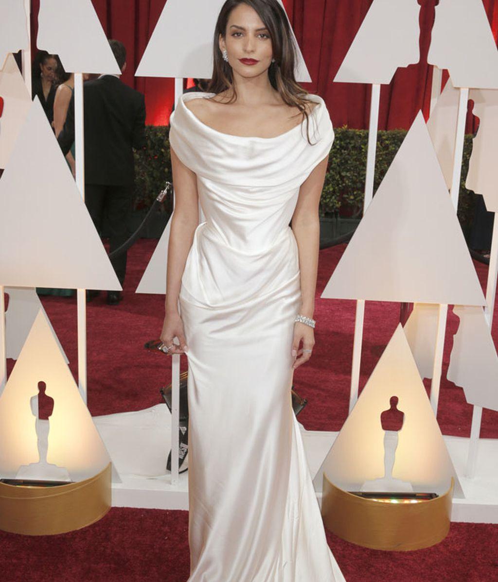 Genesis Rodríguez en la alfombra roja de los Oscar