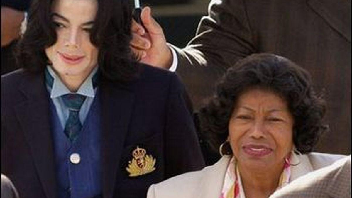 Catherine Jackson se niega a ver This is It, la película sobre su hijo que se estrenará el próximo día 28. Foto: EFE