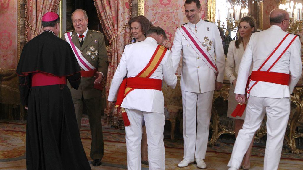 El Rey se despide de las Fuerzas Armadas con una recepción en el Palacio Real