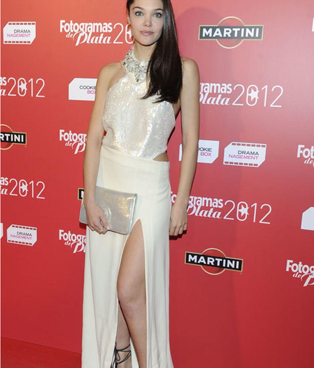 Ana Rujas apuesta por un vestido a lo Angelina Jolie