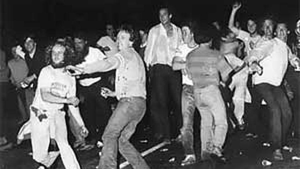 Las protestas de 1969 se desencadenaron tras la represión de la policía de Nueva York. FOTO: Archivo