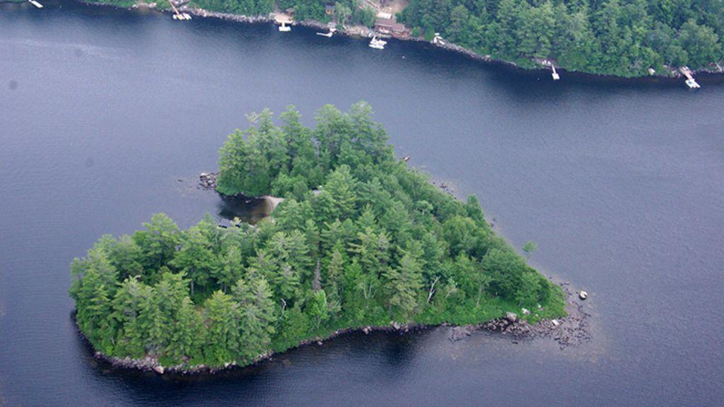 Una isla con forma de corazón a la venta