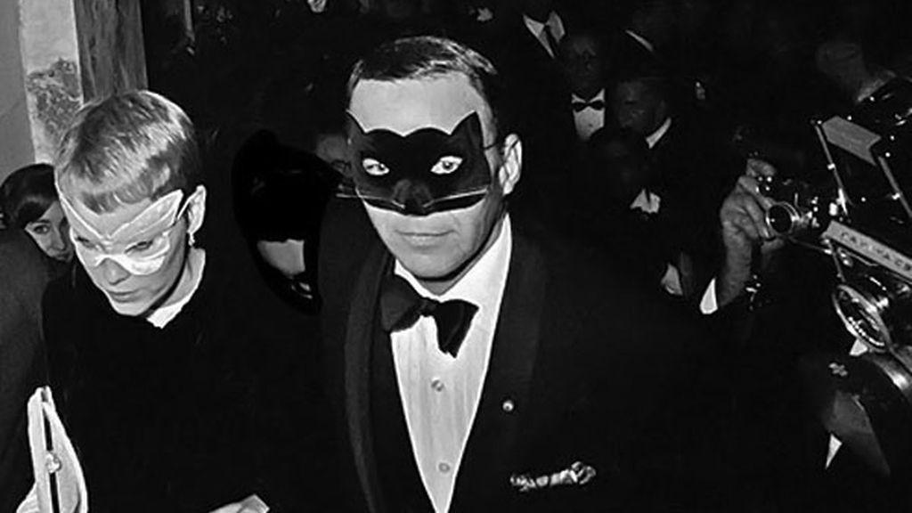 Frank Sinatra participó en una película pornográfica cuando tenía 19 años y los bolsillos vacíos. Se arrepintió de ello toda su vida.