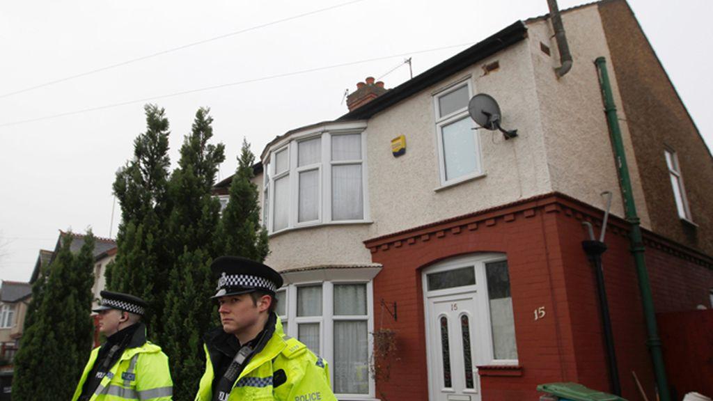 La Policía británica registra una vivienda del autor del atentado de Estocolmo