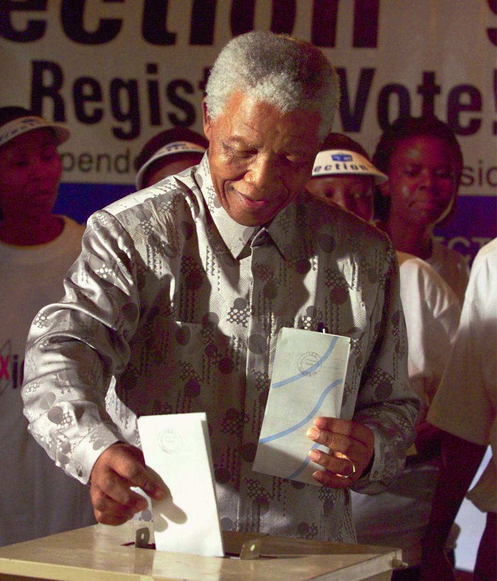Mandela se convirtió en el primer presidente negro de Sudáfrica