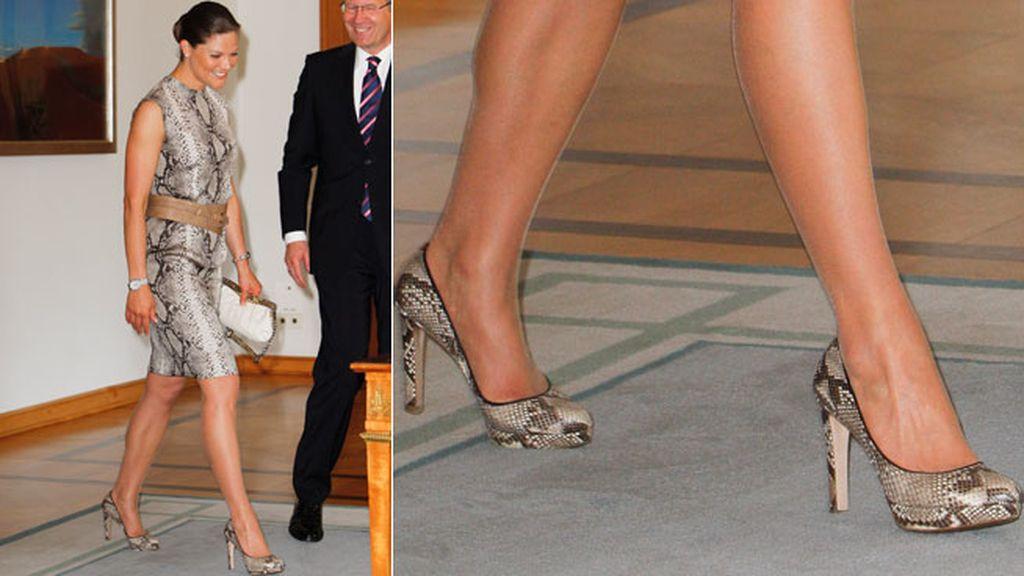 'Total look snake' para la Princesa Victoria de Suecia