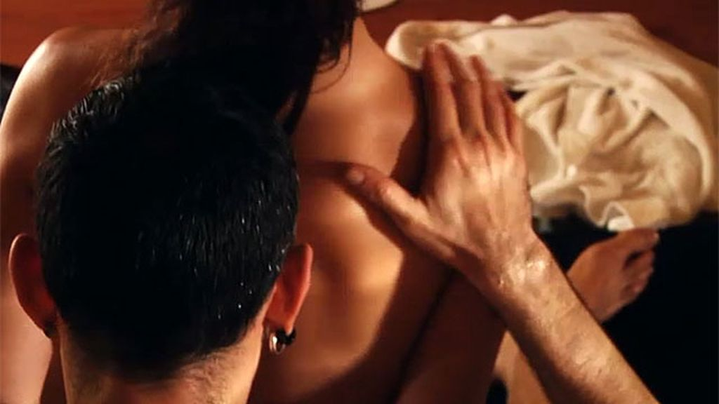 Aprende paso a paso a hacer un masaje erótico