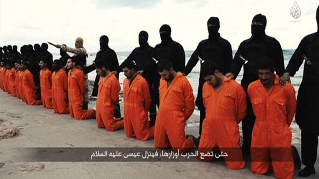 El terrorismo yihadista divulga sus matanzas