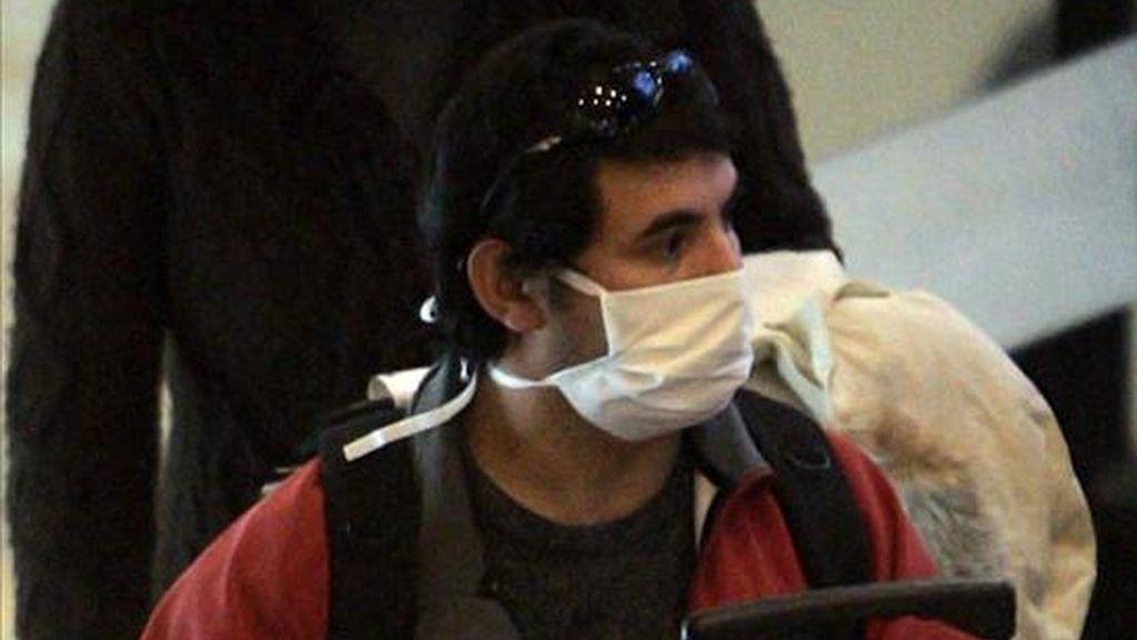 Chile tiene 2.335 casos confirmados y dos personas fallecidas por la gripe A, las mayores cifras en América del Sur. EFE/Archivo