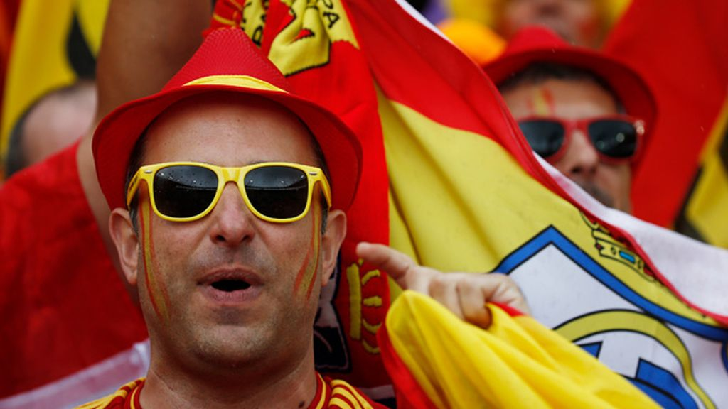 La afición de La Roja toma la grada de Toulouse