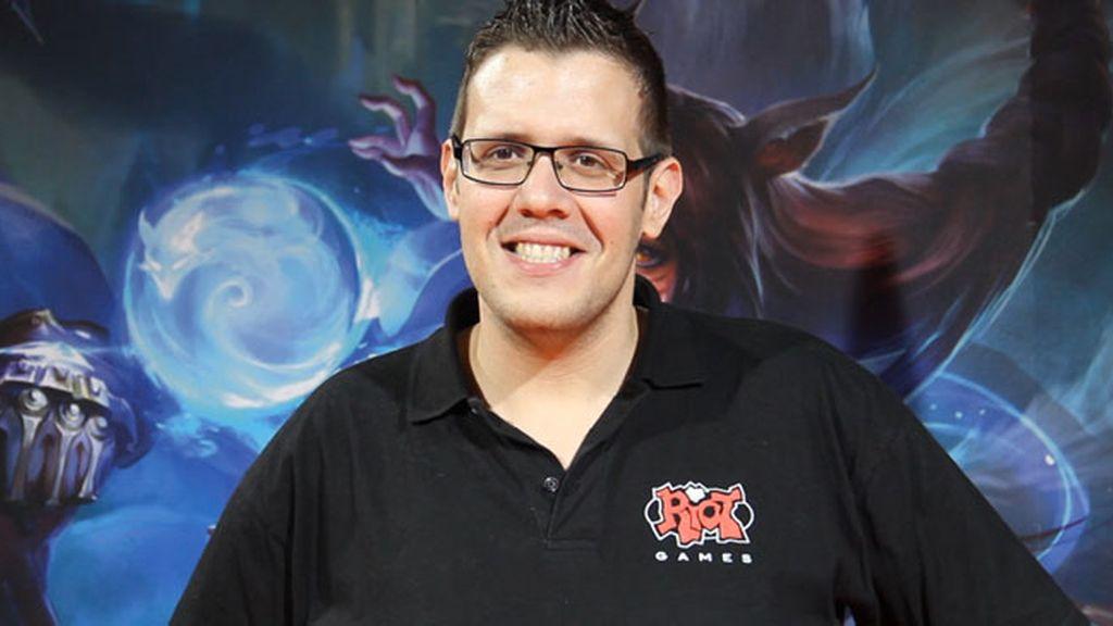 El rioter y comentarista de League of Legends Javeir 'Sharin' Sanabria
