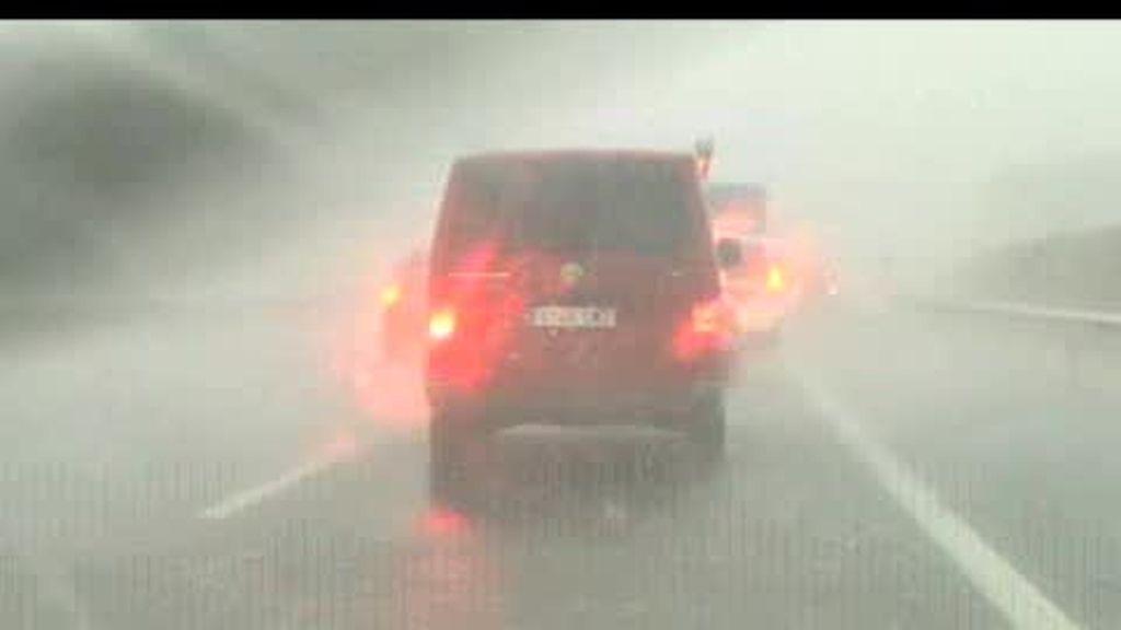 Fuertes tormentas castigan la comunidad catalana