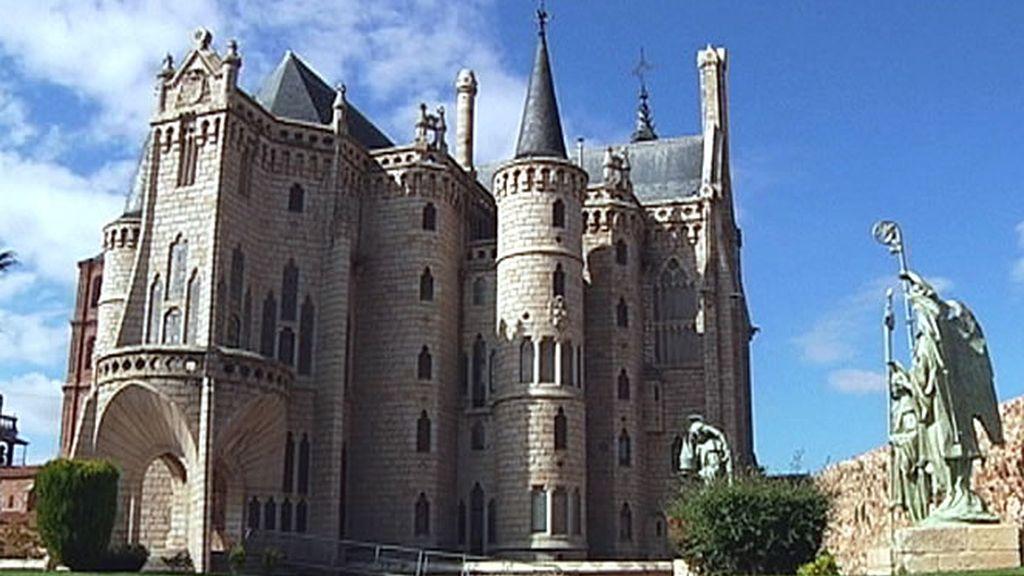 Un edificio que simula un castillo