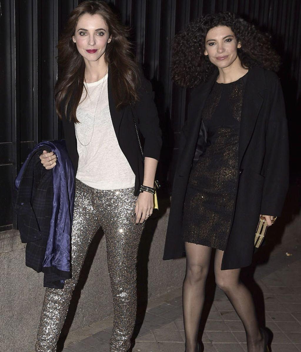 Irene Visedo y Leticia Dolera, con chaqueta negra de Dolores Promesas Heaven