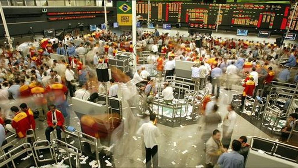 Los mercados bursátiles de América Latina cerraron con una tendencia mixta que dejó a las bolsas de Sao Paulo, México, Colombia, Caracas y Montevideo en terreno positivo y a las de Buenos Aires, Santiago y Lima en números rojos. EFE/Archivo