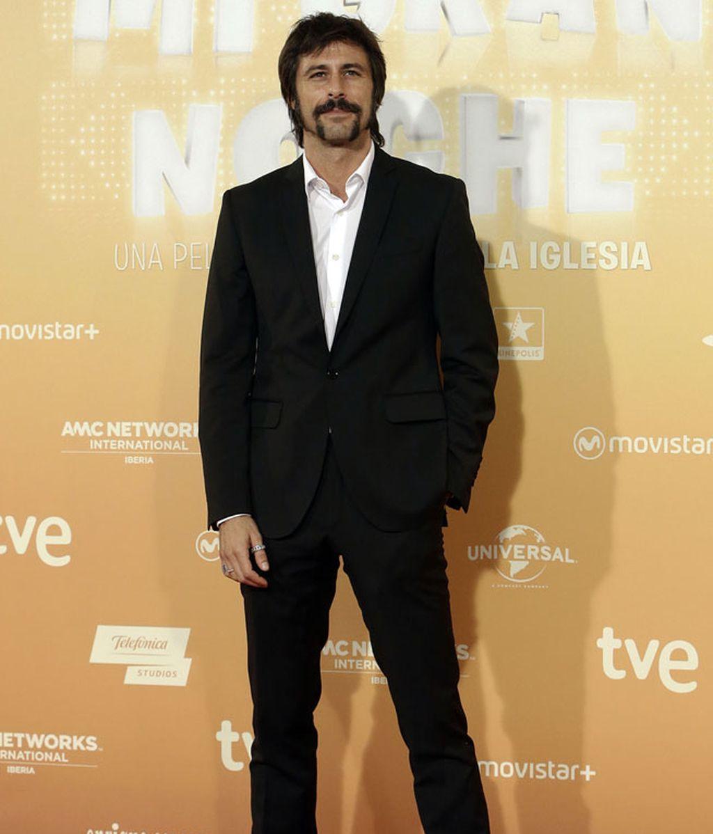 Hugo Silva, tradicional black&white