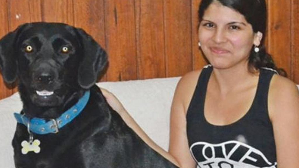 Melina y Wendy, la labradora que le salvó la vida