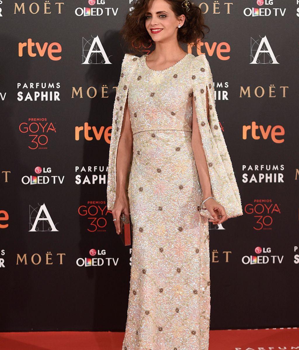 Macarena Gómez con vestido de Teresa Helbig