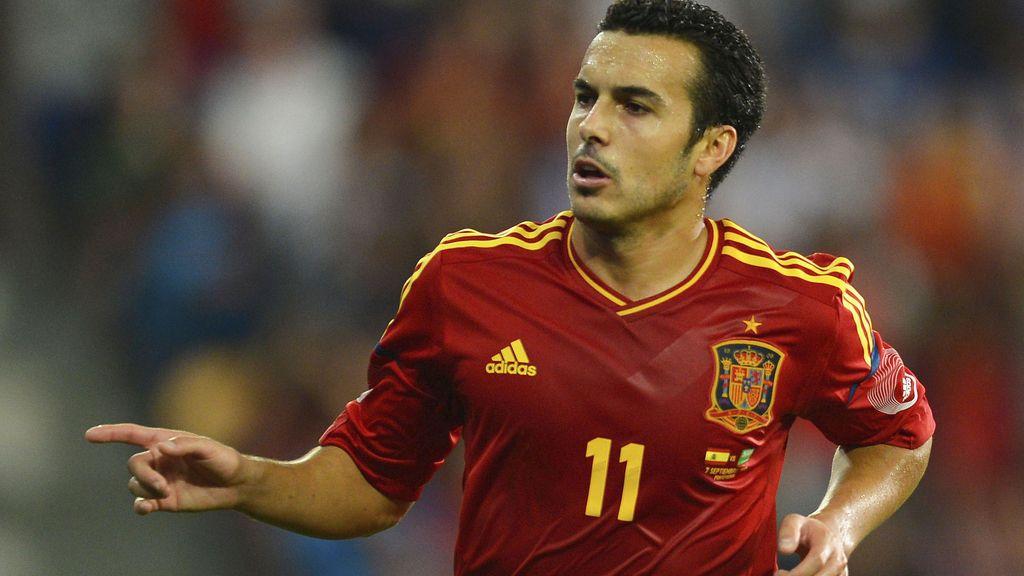 Pedro celebra un gol con la selección española