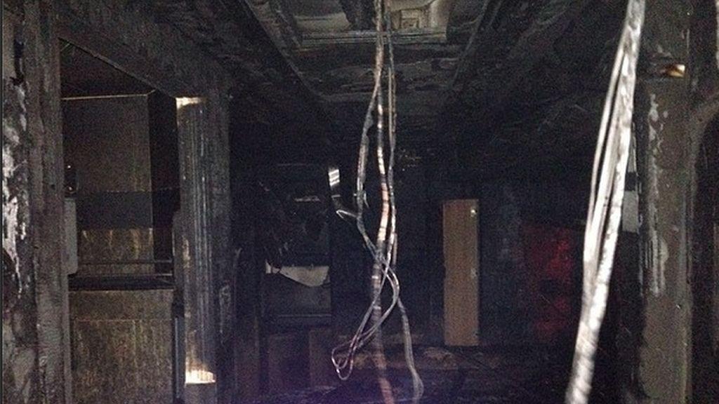 Se incendia uno de los autobuses de gira de Miley Cyrus