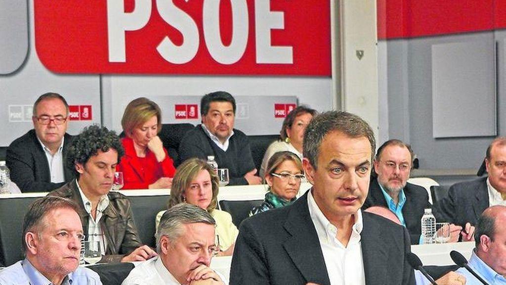 Imagen de archivo del presidente, José Luis Rodríguez Zapatero, durante el comité federal del PSOE
