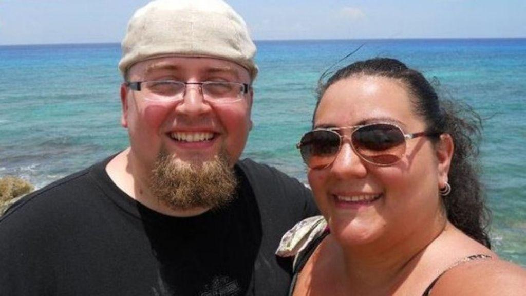 pareja obesos,obesidad,bajan de peso,irreconocibles al bajar de peso,Robert Foster