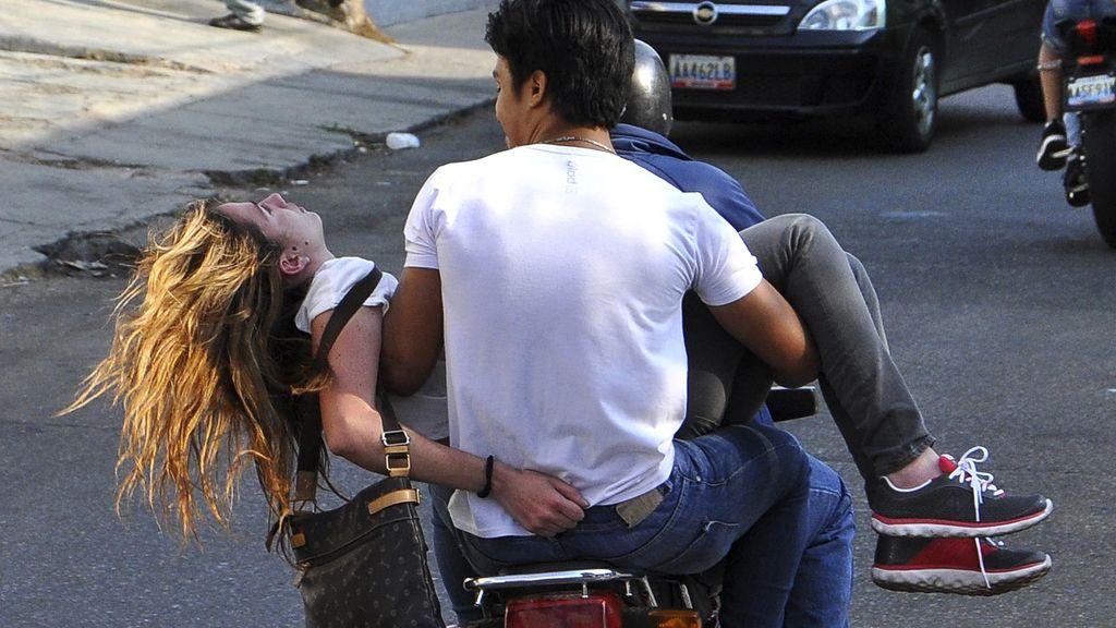 Génesis Carmona trasnportada en marzo tras recibir un disparo en la cabeza