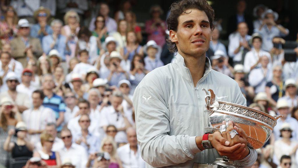 Lágrimas de Nadal tras lograr la gesta histórica de su noveno Roland Garros