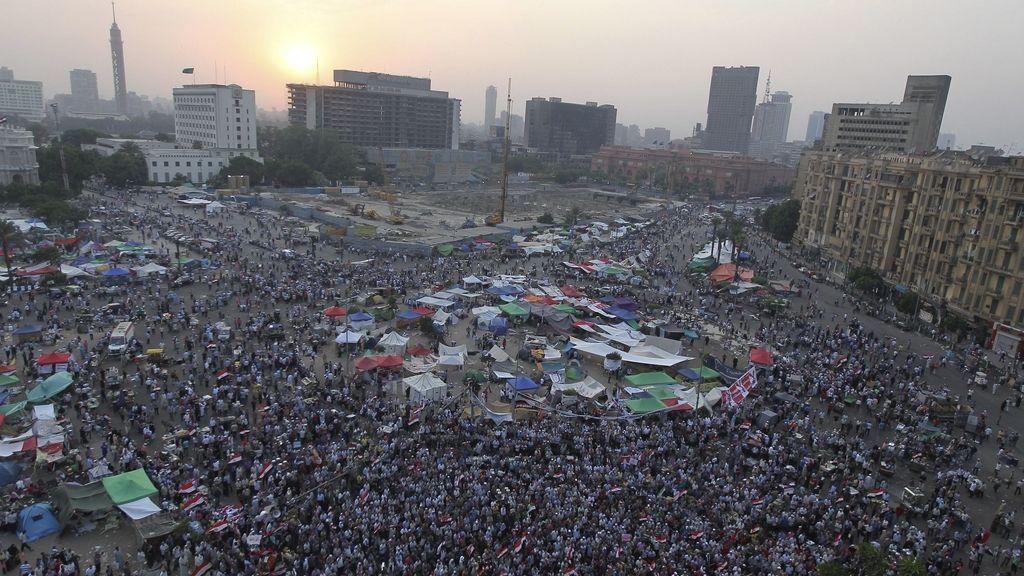 En vísperas de conocer los resultados, los egipcios siguen en la Plaza Tahrir